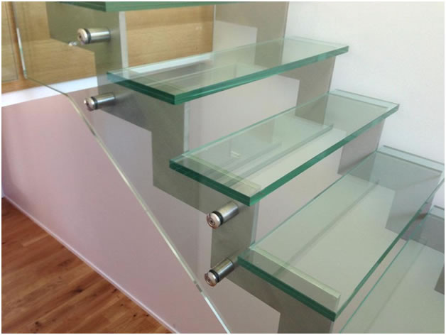 escaliers en verre bruxelles vitrerie glass. Black Bedroom Furniture Sets. Home Design Ideas