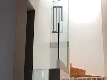 Garde de corps escalier en verre feuilleté