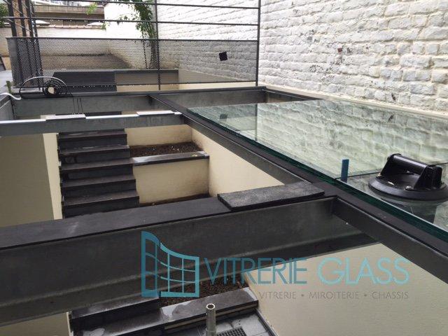 Dalle de sol en verre feuillet bruxelles vitrerie glass - Dalle de sol en verre prix ...